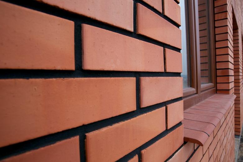 Elewacja z cegły licówki